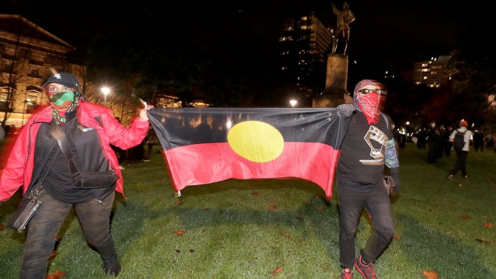 Police disrupt planned anti-racism rally in Sydney